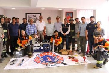Primera Compañía recibe motores y herramientas hidráulicas Lukas